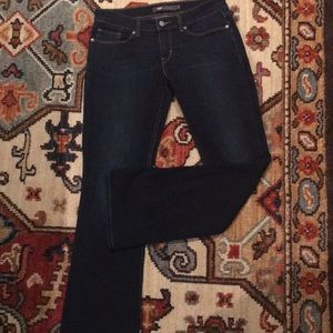 Levi's brand 524 Boot cut 👖 jeans!